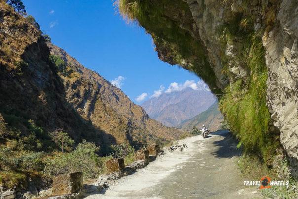 b,wert Kommunikation wieder am Start. Nepal - auf dem Weg nach Mustang.
